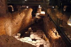 Domus romane Roma scavi Palazzo Valentini affreschi siti da visiatare a Roma